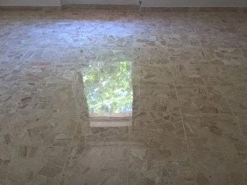 lucidatura pavimento in marmo a pescara 2